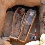 Зачем мумии восемь саркофагов?