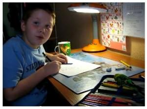 Как убедить ребёнка делать уроки?