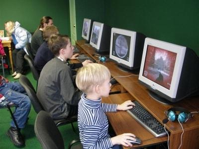 Онлайн игры - смерть молодого поколения.