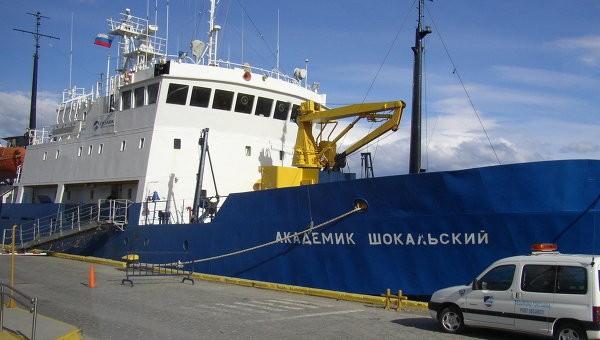 Преимущества ледорезного судна