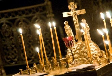 Что будет если за живого человека поставить свечку за упокой?