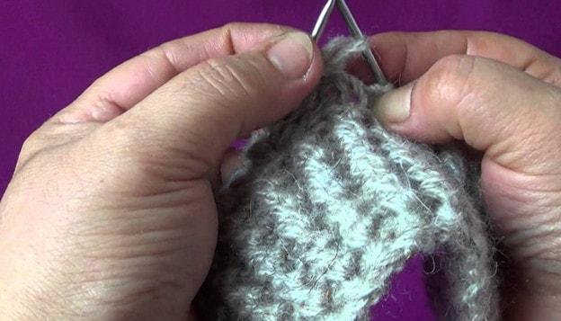 Как связать носки на 2х спицах самый простой способ