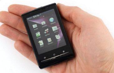 Самый маленький смартфон на Андроиде