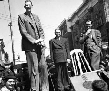 Самый высокий человек в мире за всю историю человечества