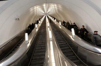 Самый глубокий эскалатор в мире