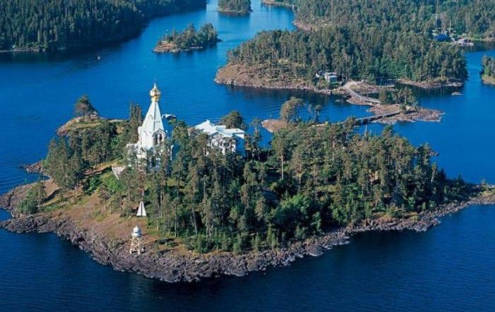 Монастырь на острове Ваалам