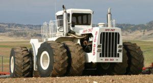 Самый крупный трактор в мире