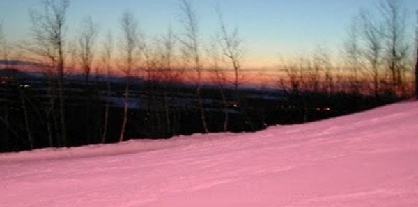 Розовый снег