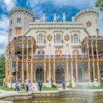 Замок Глубока-над-Влтавой вид сбоку