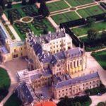Замок Леднице вид сверху